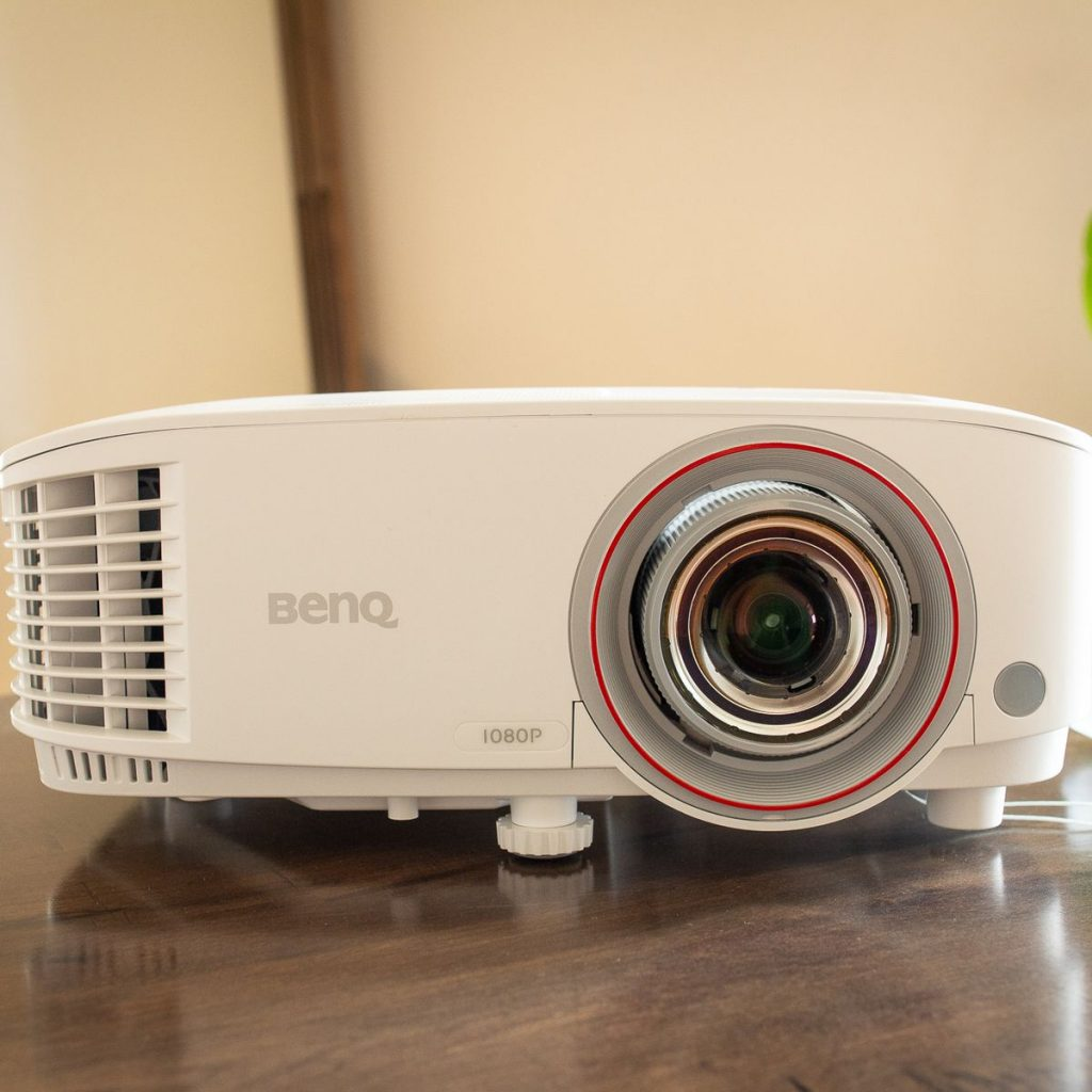 Best projector mounts for dining room